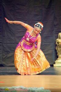 Bharat-Natyam-Poses-25