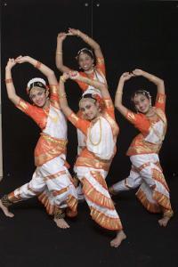 Bharat-Natyam-Poses-30