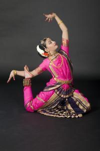 Bharat-Natyam-Poses-32