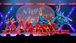 Naya-Andaz-2012-Holi-Re-and-Silsila-5