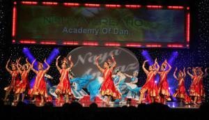 Naya-Andaz-2012-Holi-Re-and-Silsila-6