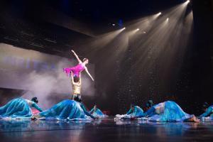 2013 Naya Andaz Winning Dances - Judged by Zeenat Aman