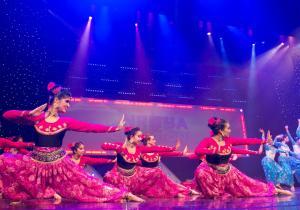 Naya-Andaz-2013-Opening-Banjara-and-Ye-Ali-19