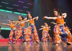Naya-Andaz-2013-Opening-Banjara-and-Ye-Ali-4