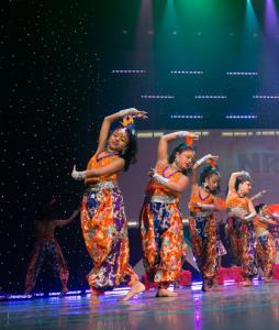 Naya-Andaz-2013-Opening-Banjara-and-Ye-Ali-5
